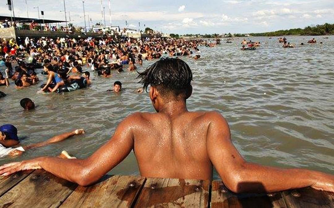 Équateur : Veolia déverse ses eaux usées dans l'estuaire des quartiers pauvres