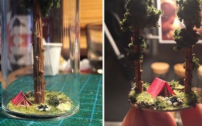 Captivant : Cette artiste crée des minis paysages 100 % naturels dans des tubes de verre !