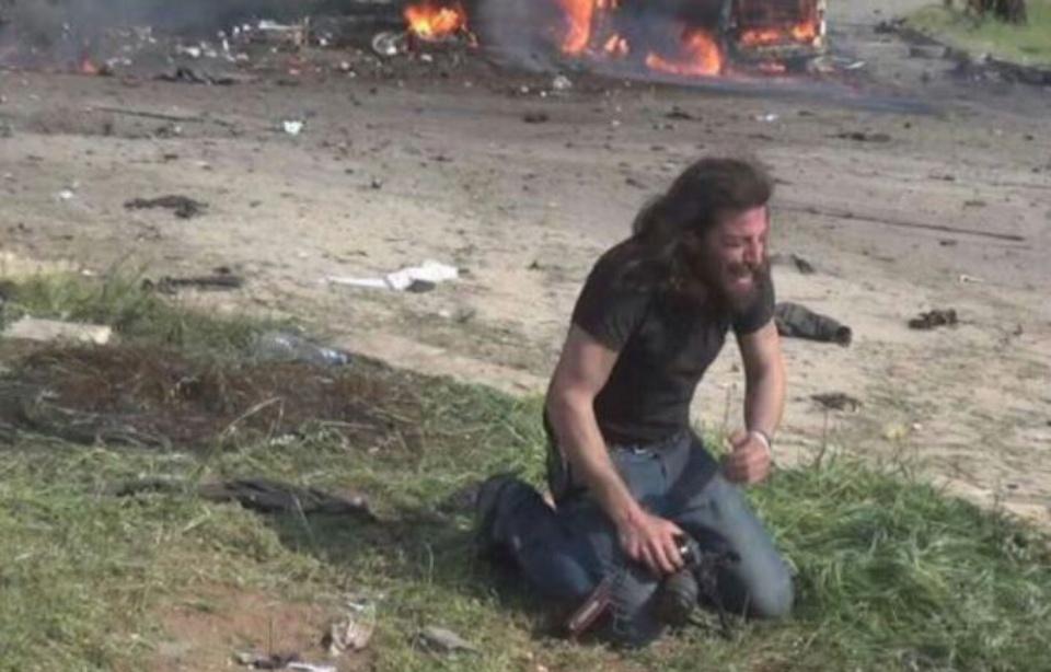 960x614_photographe-abd-alkader-habak-apres-attentat-suicide-syrie-15-avril-2017