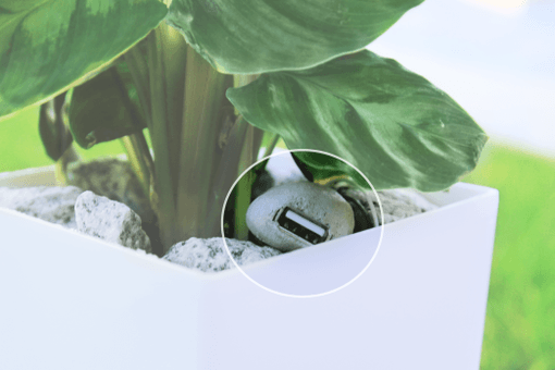 bioo-lite-phone-charging-plant-510x0