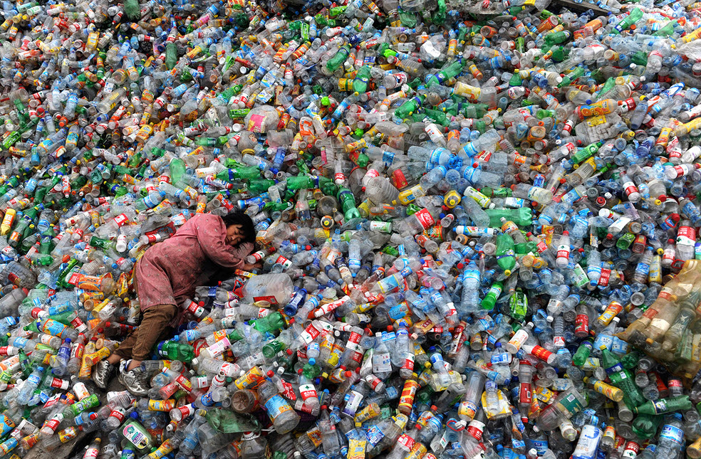soft-drinks-bottles-pollution